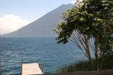 Vista del Lago y Volcan Desde el Muelle