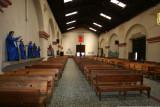 Interior de la Iglesia Catolica y Vestimenta de Imagenes