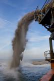 Zandzuigen op de Noordzee