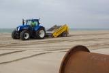 De Mega Beach Clean Machine volop in actie