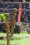 c1641 Tiki Statues