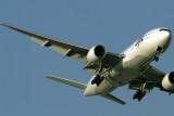JAPAN AIRLINES BOEING 777 200 HND RF IMG_5681.jpg