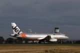 JETSTAR AIRBUS A320 MEL RF IMG_6385.jpg