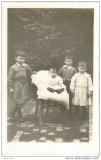 Cliche familial - carte-photo au Jardin Perdu