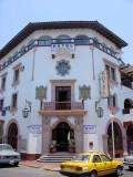 DSC01662 - Colonial Hotel in Manzanillo - Interesting architecture