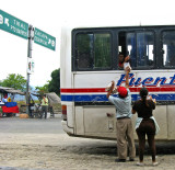 Rio Hondo crossroads, Guatemala (p: qarrtsiluni)