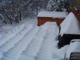 Interesting pattern of snowon the deck