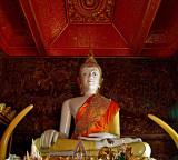 Main Buddha image