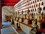 Clositer of Buddha images