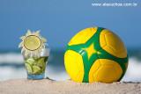 caipirinha de limão e bola de futebol com cores do Brasil 8896.jpg