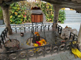 Shrine, Triloknath