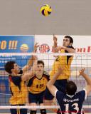 Queen's Vs Windsor M-Volleyball 02-06-10