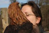 Falknerin mit weiblichem Steinadler / Falconer with female golden eagle