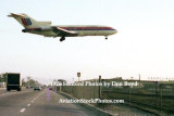 1975 - United Airlines B727-22 landing at LAX