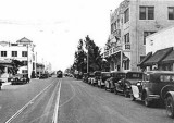 1930's - Washington Avenue looking north from Biscayne Street