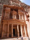The Treasury in the sun 1 Petra Jordan.jpg