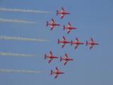 Red Arrows 6 Dubai Air Show 2007.JPG