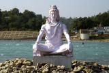 Shiva effigy beside the Ganges