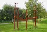 Eenum - Borg monument