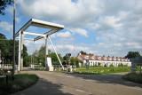 Woudbloem - Brug met voormalige arbeiderswoningen