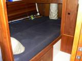 dbl berth in fwd cabin
