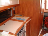 stbd galley stove