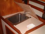 galley sink, fwd