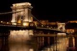 Lánchíd (Chain Bridge), Budai Vár (Buda Castle) - Budapest, Hungary