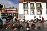 Jokhang forecourt at the end of the day