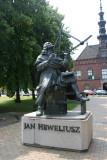 Statue of Jan Heweliusz