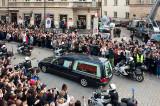 President's Body Returns To Warsaw