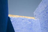 Bright blue walls in Santa Catalina.