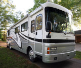 2002 Fleetwood Discovery *SOLD*