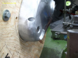0910 Machining the gearbox cover for oil seals