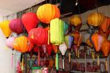 Au magasin de lanternes