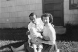 Dad Mom and Larry in Nov 1954.jpg