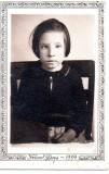 Grace Linch age 6 1st grade 1939.jpg
