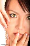 Yellowish eyes