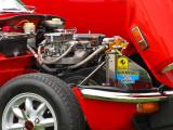 moteur sur fond rouge