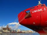 la coque rouge de l' Umiak