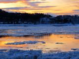 St-Romuald au petit matin devant le fleuve