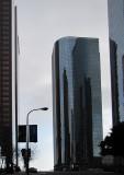 Monolithique gratte-ciel noir  - Downtown L.A.