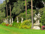 Allée des statues