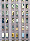 les fenêtres bariolées