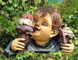 les glaces et l'enfant
