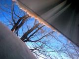 le banc de neige de la fenêtre du salon