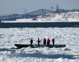 le pont de Québec en arrière plan