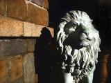 Lion de plâtre