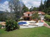 La Fe Incredible Lake Home