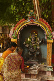 Offering at temple Madurai.jpg